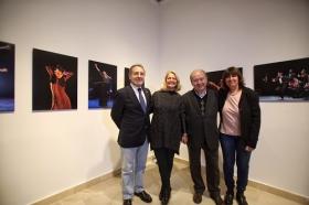 "Exposición 'Jueves a Compás' en la Fundación Cajasol (Cádiz) (9) • <a style=""font-size:0.8em;"" href=""http://www.flickr.com/photos/129072575@N05/16661924362/"" target=""_blank"">View on Flickr</a>"