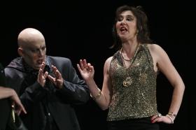 "Teatro: 'Insólito Menú Transcultural' (3) • <a style=""font-size:0.8em;"" href=""http://www.flickr.com/photos/129072575@N05/17211441712/"" target=""_blank"">View on Flickr</a>"