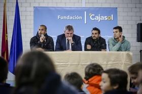 "'Del Cádiz CF al cole' en el Colegio San José (12) • <a style=""font-size:0.8em;"" href=""http://www.flickr.com/photos/129072575@N05/16678594918/"" target=""_blank"">View on Flickr</a>"