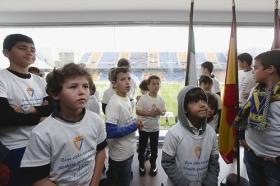 "Tour infantil por el Ramón de Carranza en el Cádiz-Sevilla Atlético (16) • <a style=""font-size:0.8em;"" href=""http://www.flickr.com/photos/129072575@N05/16635636699/"" target=""_blank"">View on Flickr</a>"