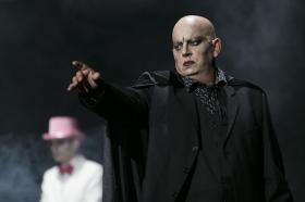 "Teatro: 'Insólito Menú Transcultural' (10) • <a style=""font-size:0.8em;"" href=""http://www.flickr.com/photos/129072575@N05/17025591720/"" target=""_blank"">View on Flickr</a>"