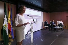 "Jornada 'El 'Brexit' y el sector agroalimentario andaluz' (8) • <a style=""font-size:0.8em;"" href=""http://www.flickr.com/photos/129072575@N05/28259188410/"" target=""_blank"">View on Flickr</a>"
