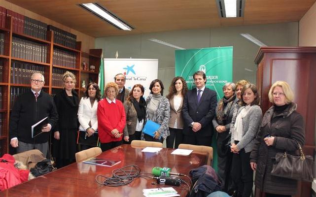 Fundación Cajasol, Caixa y Junta de Andalucía impulsan once proyectos sociales gaditanos