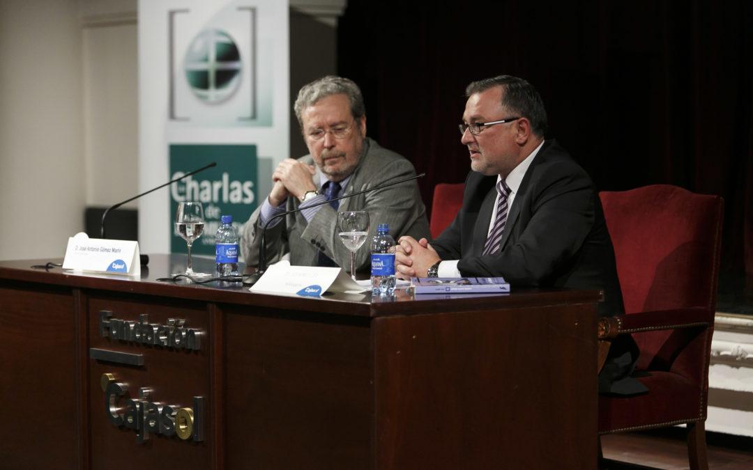 Conferencia de John Müller sobre 'La economía española en un año decisivo' en las Charlas de El Mundo desde la Fundación Cajasol