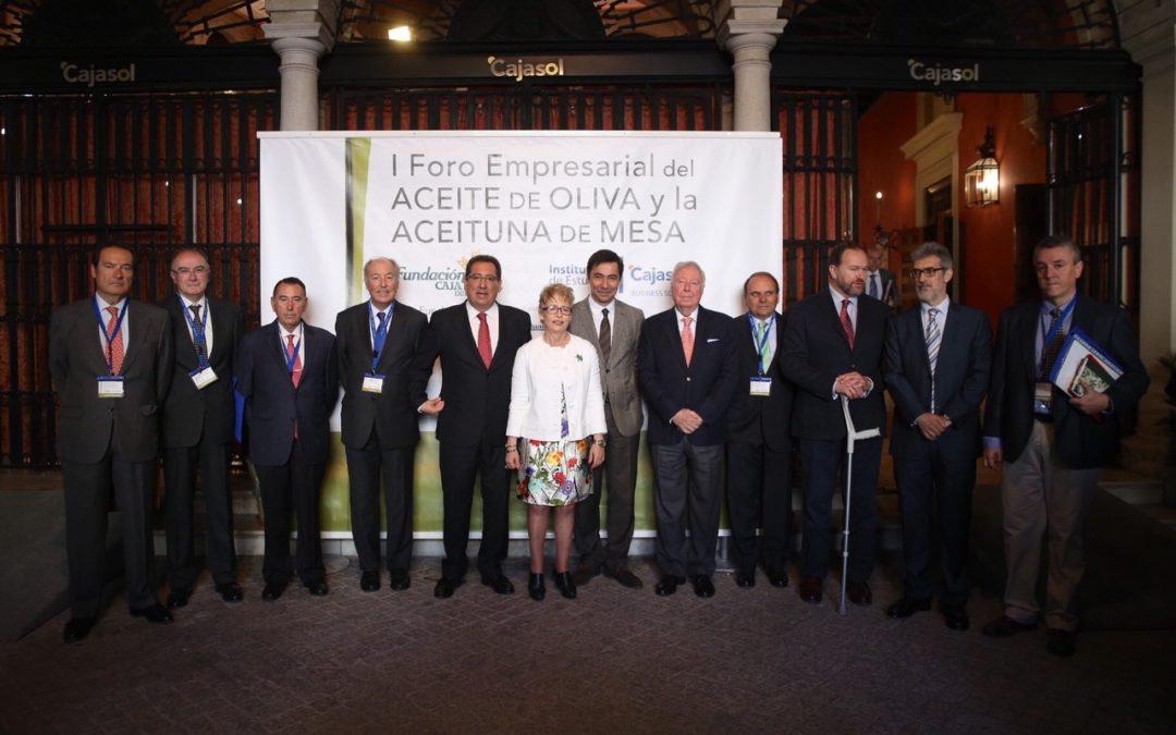 La Fundación CajasoI acoge el I Foro Empresarial del Aceite de Oliva y Aceituna de Mesa