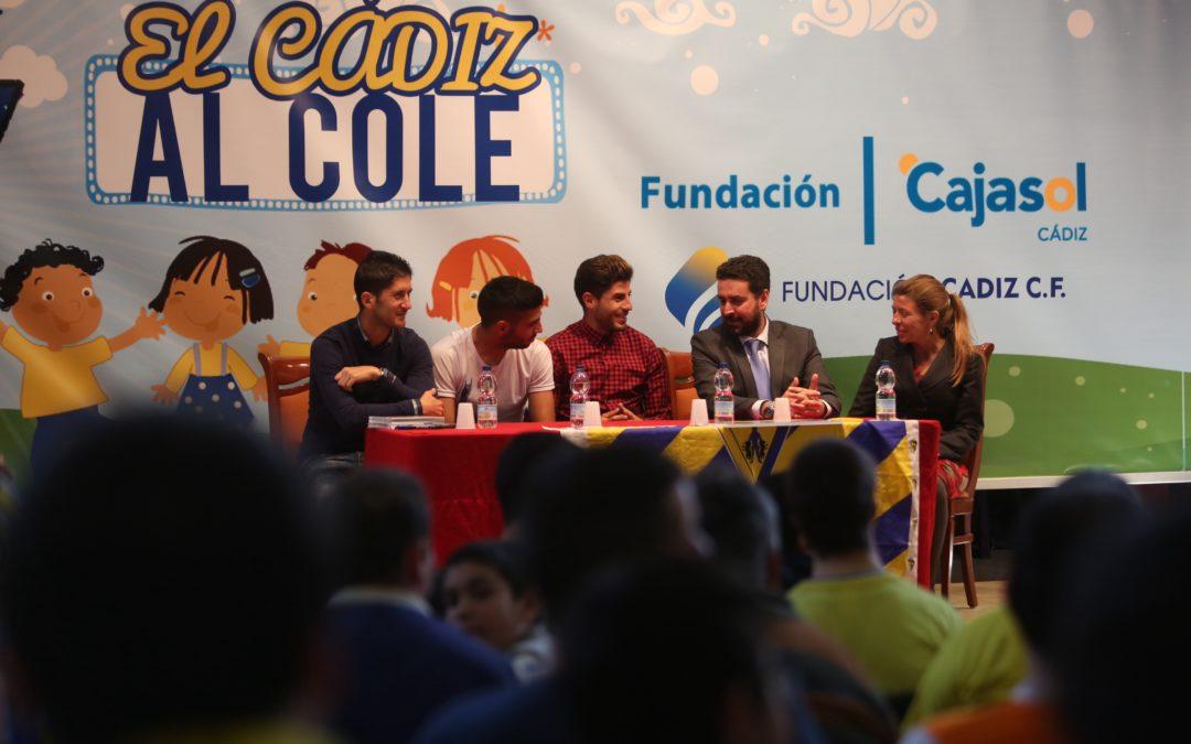 Emotiva visita de jugadores del Cádiz CF al Centro Afanas