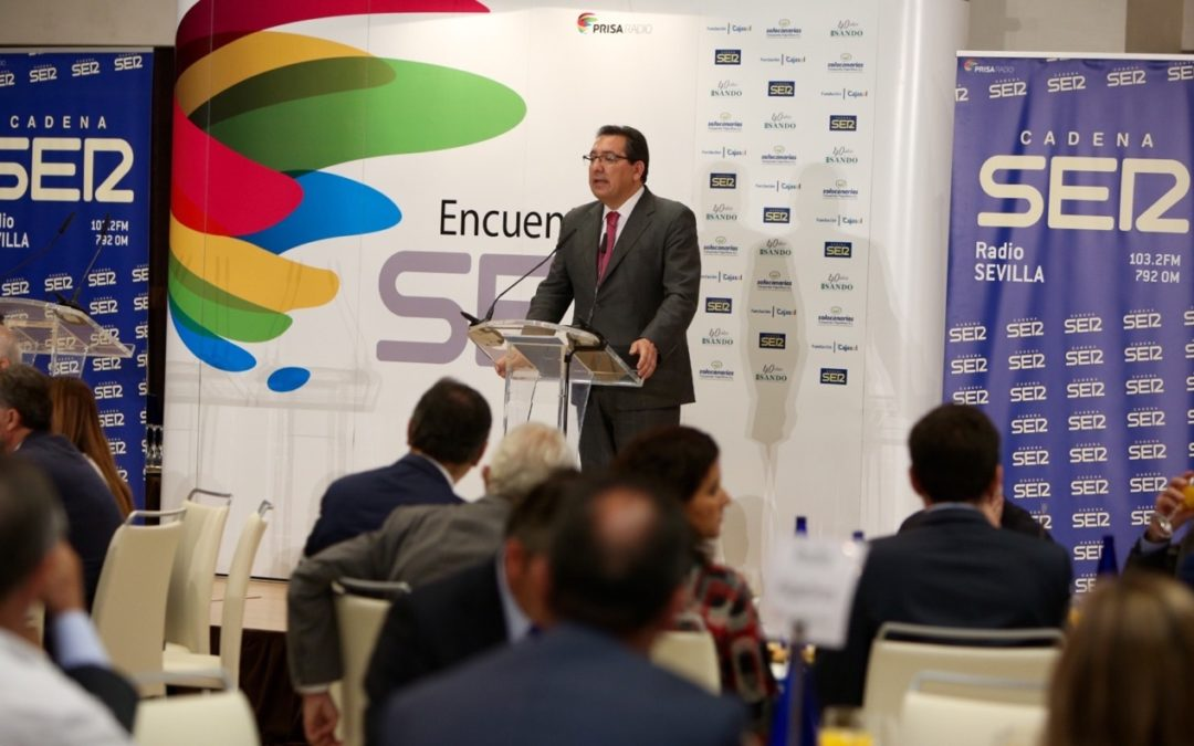 Antonio Pulido interviene en el desayuno coloquio de la Cadena SER, con Juan Espadas como protagonista