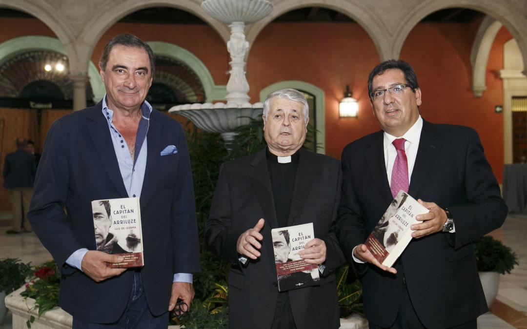Presentación de 'El capitán del Arriluze', de Luis de Lezama, en la Fundación Cajasol