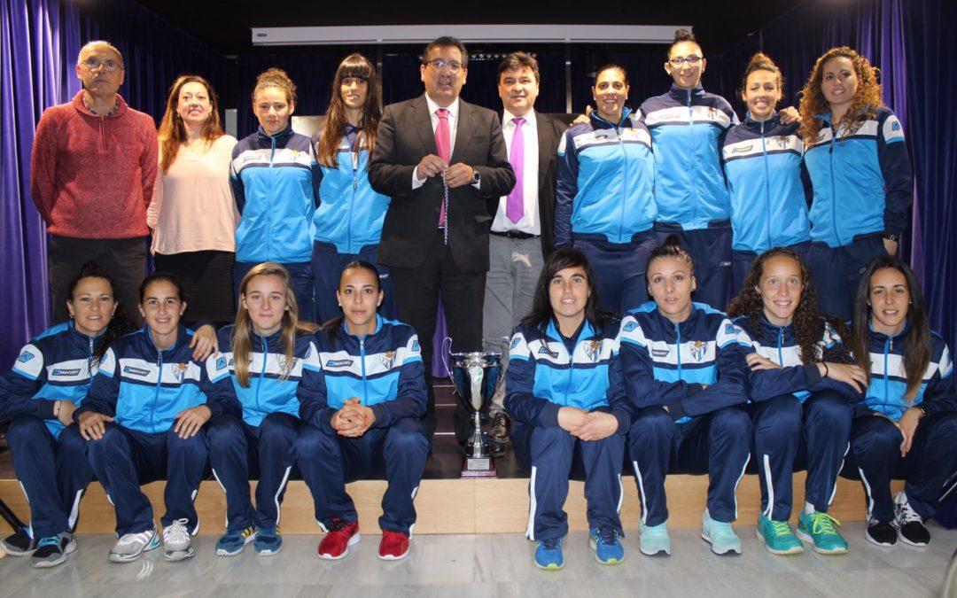 La Fundación Cajasol, orgullosa de los valores que representa el Sporting Club Huelva