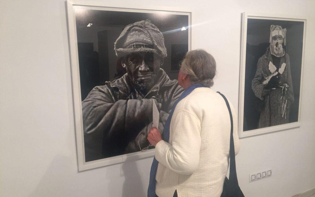 Exposición 'Rostros andinos', del fotógrafo español Gabriel Barceló, en la sala José Caballero de la Fundación Cajasol en Huelva hasta el 8 de abril