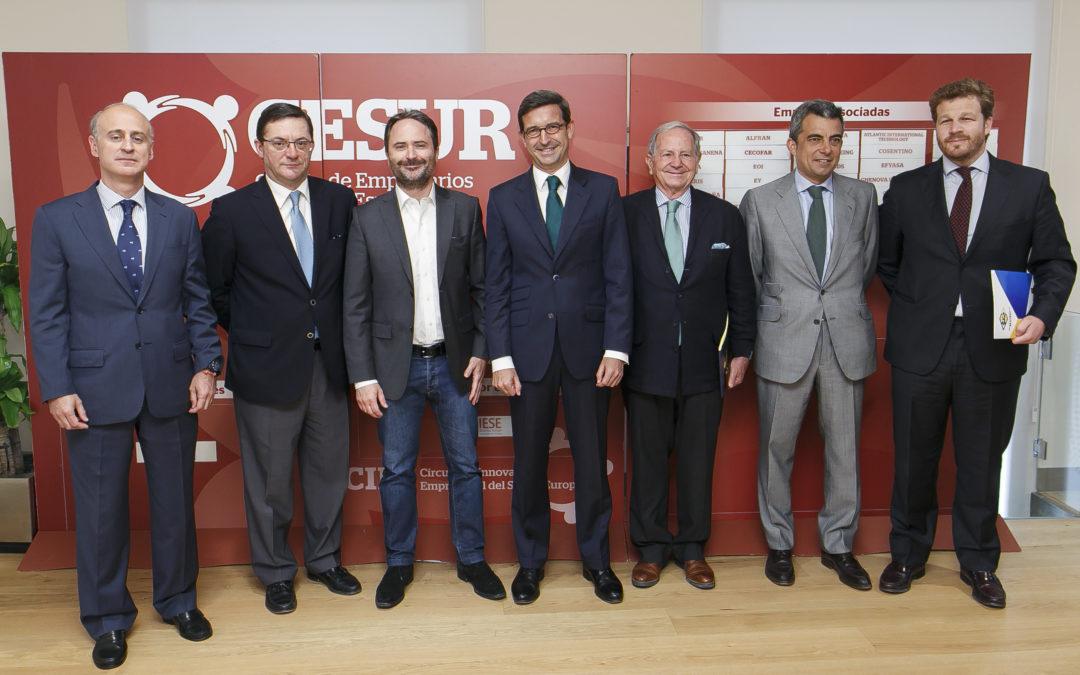 Conferencia de François Nuyts, director general de Amazon en España, en la Fundación Cajasol