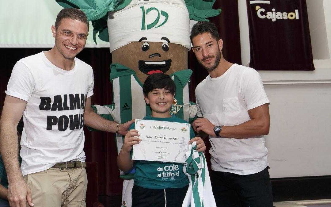 Clausura del programa escolar 'Del Cole al Fútbol' en la Fundación Cajasol