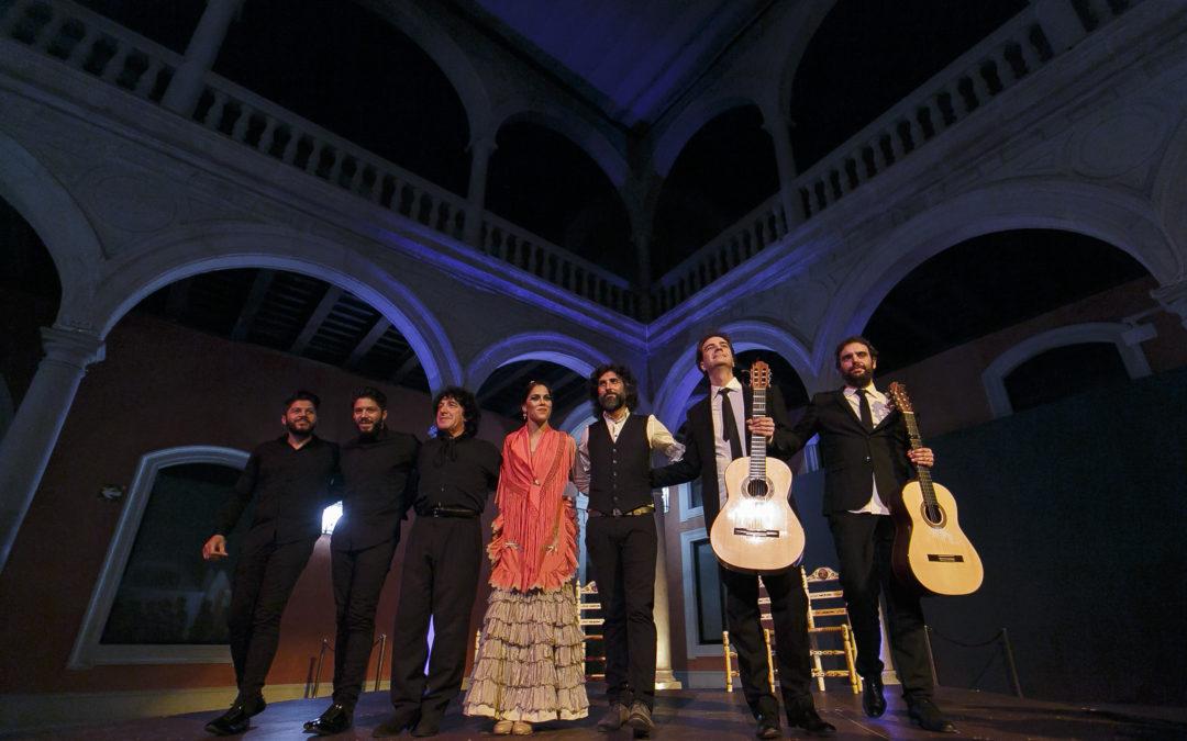 Noche mágica en la sede de la Fundación Cajasol en Sevilla con el concierto especial de Arcángel dentro de su gira 'Tablao'