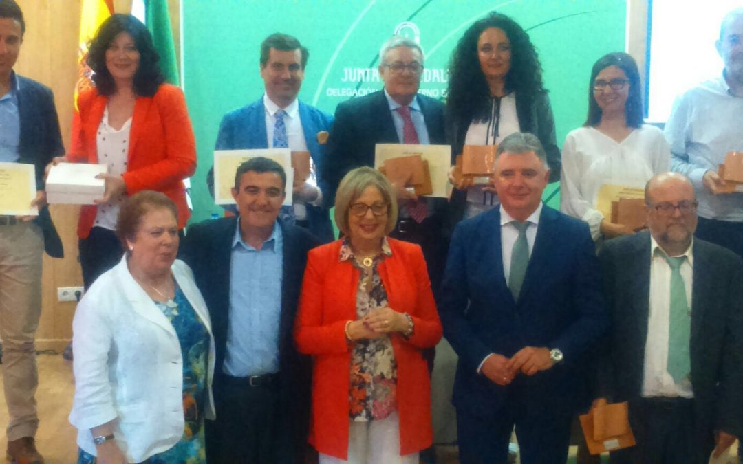 La Fundación Cajasol recibe el Reconocimiento al Compromiso Educativo en Huelva
