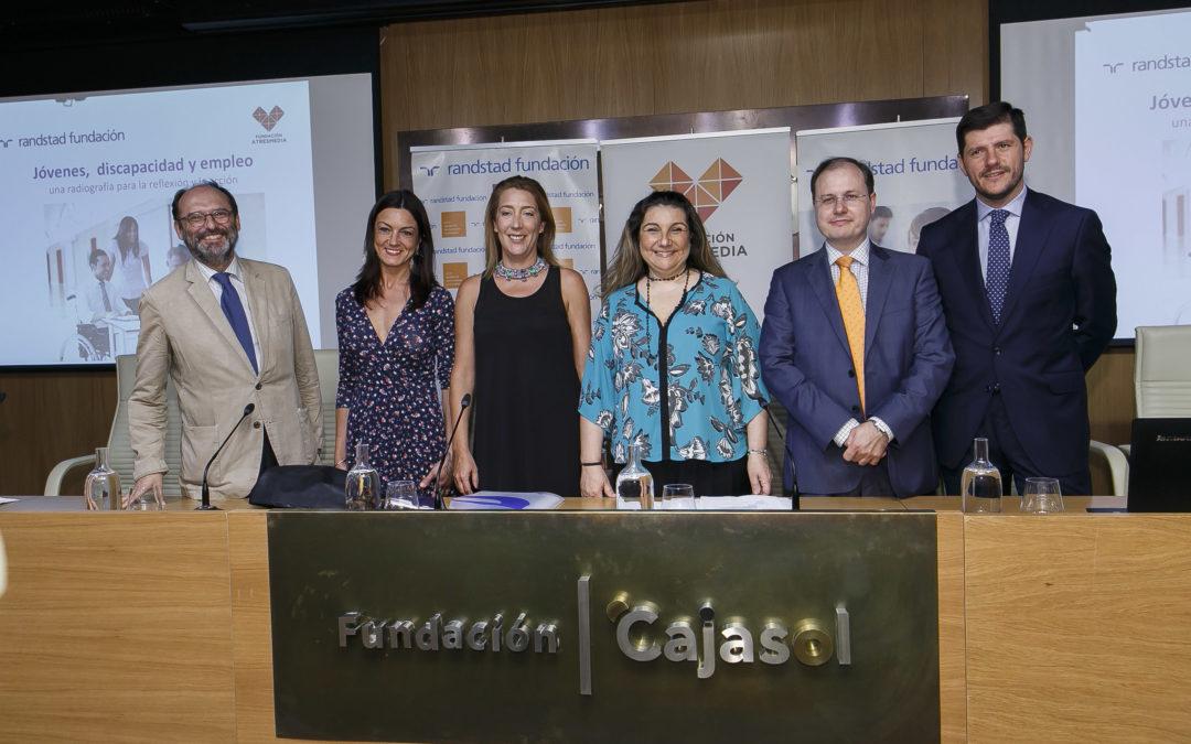 Presentación del estudio 'Jóvenes, discapacidad y empleo' en la Fundación Cajasol