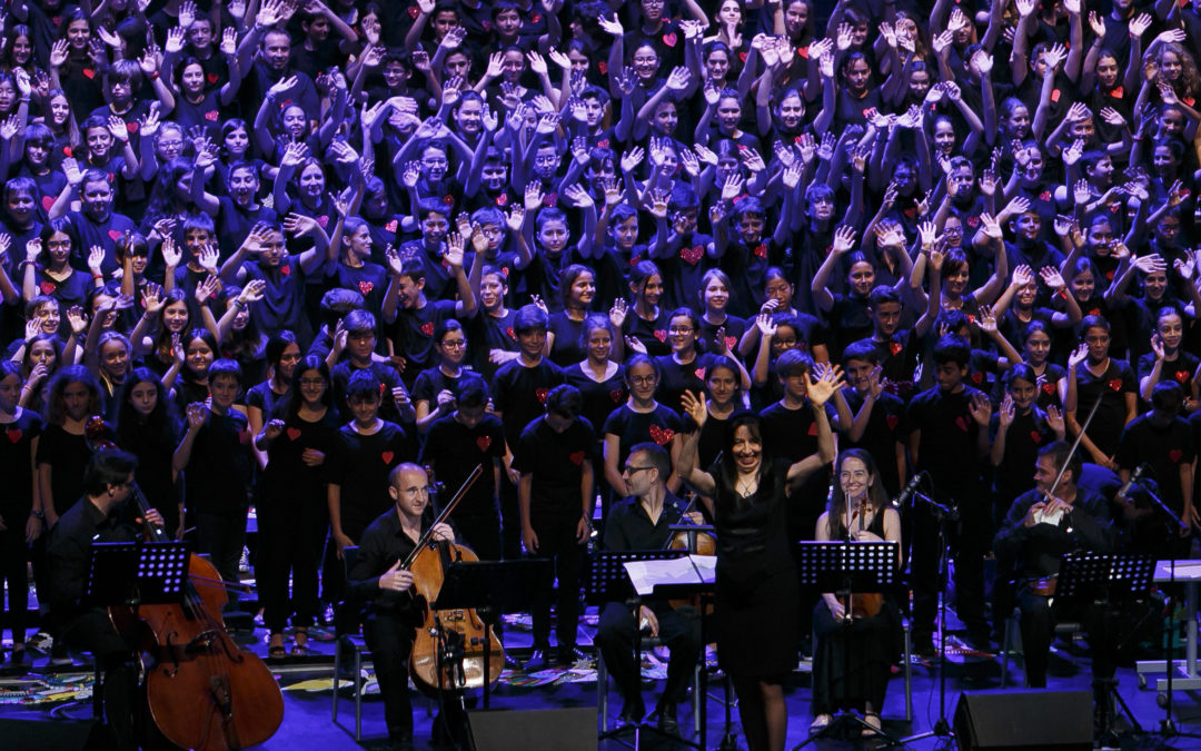 La Fundación Cajasol apoya 'Cantania Andalucía 2016', con 2.500 niños en el Riberas del Guadaíra