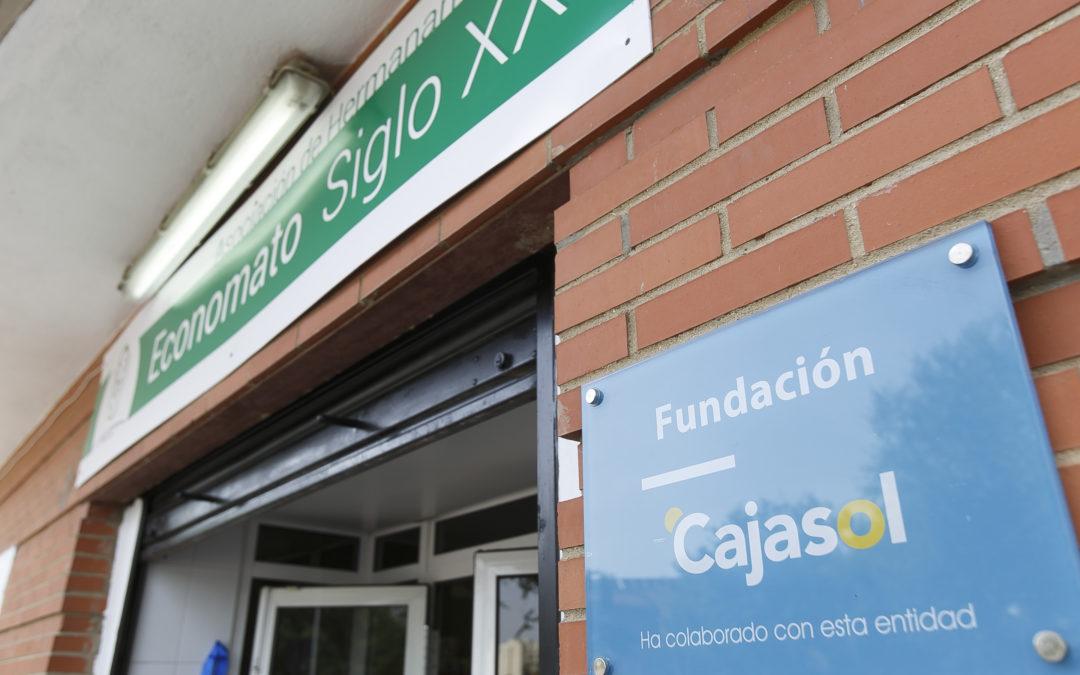 La Fundación Cajasol ayuda a la Asociación de Hermanamientos con su labor en Economatos Sociales