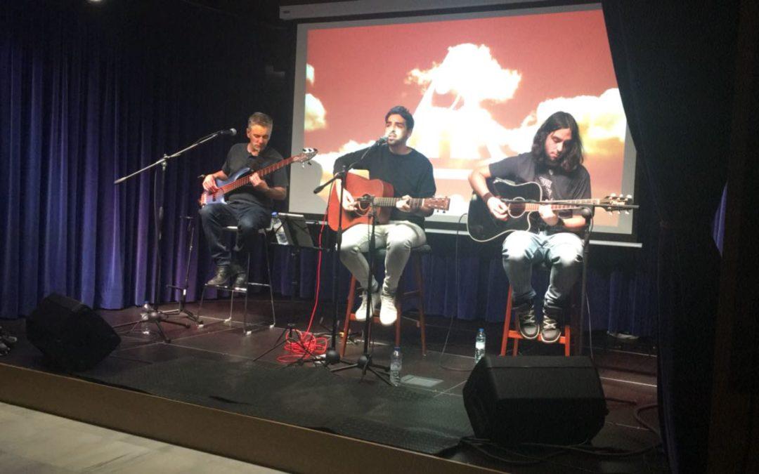 El grupo onubense Eiden presenta su disco 'Último viaje' en un concierto acústico en la Fundación Cajasol