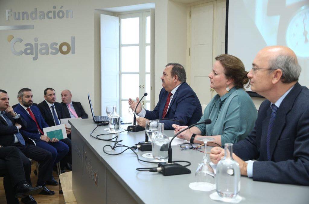La Fundación Cajasol colabora para promover la gestión energética como profesión de futuro