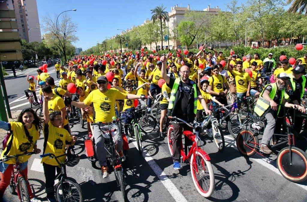 La Fundación Cajasol sigue impulsando una 'Sevilla sobre ruedas'