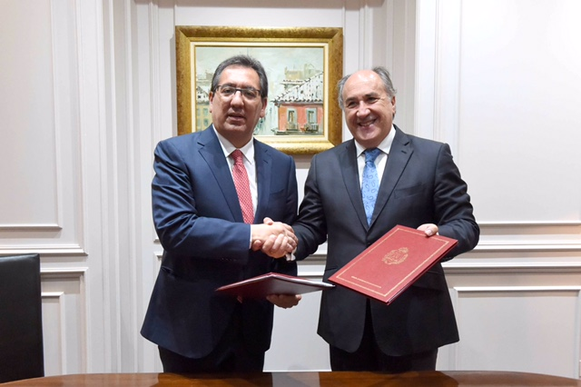 La Fundación Cajasol mantiene su apuesta por los proyectos culturales y sociales para la ciudad de Algeciras