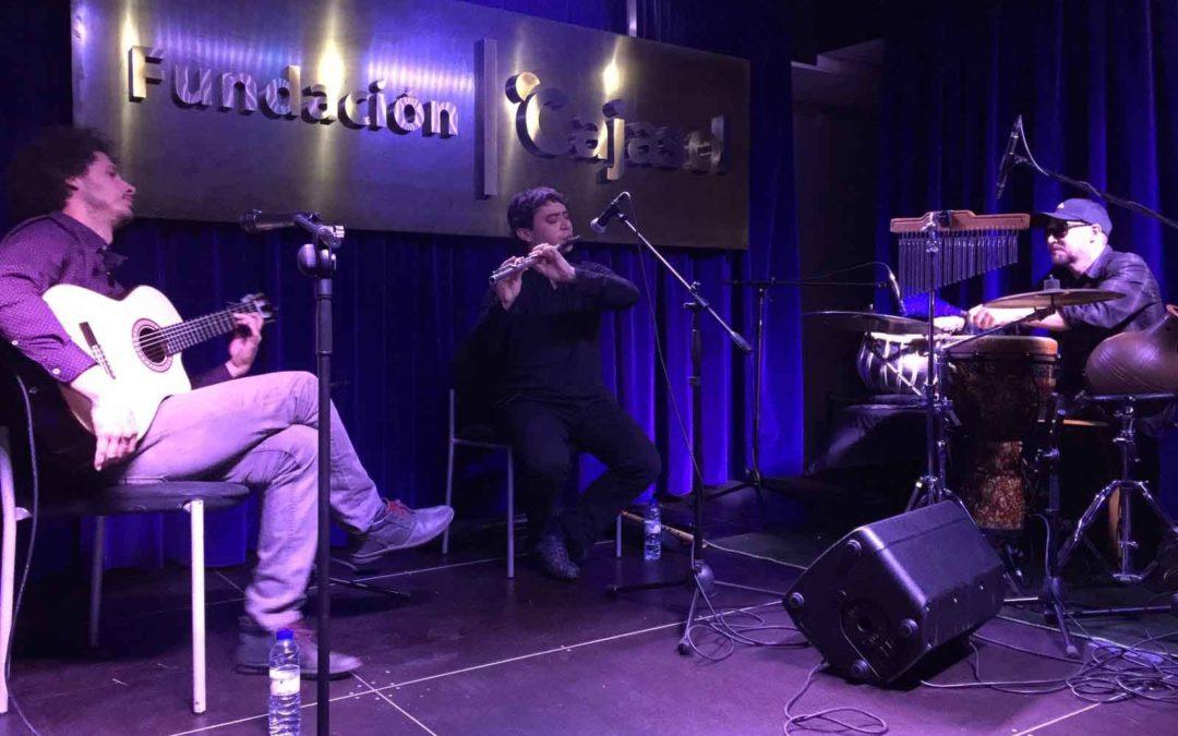 Soniloquio lleva su fusión de músicas del mundo al escenario de 'Los Jueves en la Cuarta' de la Fundación Cajasol en Huelva