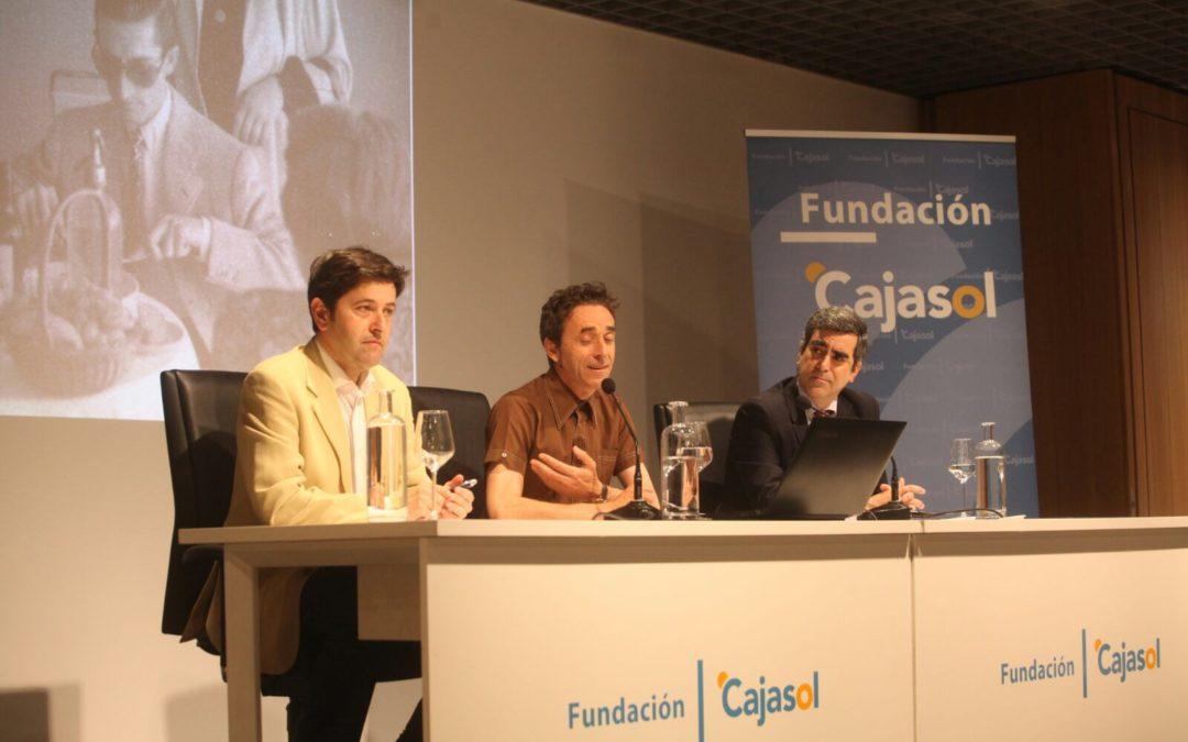 Homenaje a 'Manolete' en el ciclo de conferencias 'Cajasol suma y sigue por Córdoba'