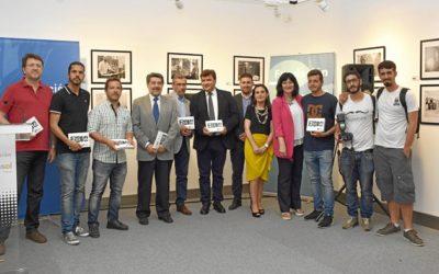 Los acontecimientos más destacados de 2016 en Huelva, recogidos en una exposición fotográfica dentro de la Sala Plus Ultra de la Fundación Cajasol