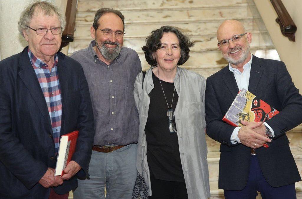 Ian Gibson y Sento Llobell, en la segunda jornada de 'Letras en Sevilla' desde la Fundación Cajasol