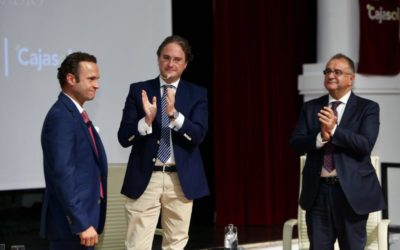 Antonio Ferrera y Roberto Gómez unen el mundo del toro con el de la radio, el deporte y el periodismo desde la Fundación Cajasol