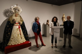 "Exposición 'Imaginería Escultórica' en Córdoba (2) • <a style=""font-size:0.8em;"" href=""http://www.flickr.com/photos/129072575@N05/26152894117/"" target=""_blank"">View on Flickr</a>"
