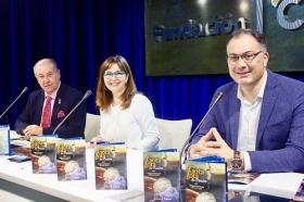 "Presentación 'Gota a Gota de Pasión' 2018 en Huelva (7) • <a style=""font-size:0.8em;"" href=""http://www.flickr.com/photos/129072575@N05/27152666628/"" target=""_blank"">View on Flickr</a>"