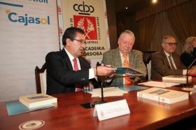 """Firma de convenio 2018 entre la Real Academia de Córdoba y la Fundación Cajasol (11) • <a style=""""font-size:0.8em;"""" href=""""http://www.flickr.com/photos/129072575@N05/26960361688/"""" target=""""_blank"""">View on Flickr</a>"""