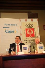 """Firma de convenio 2018 entre la Real Academia de Córdoba y la Fundación Cajasol (4) • <a style=""""font-size:0.8em;"""" href=""""http://www.flickr.com/photos/129072575@N05/26960361178/"""" target=""""_blank"""">View on Flickr</a>"""