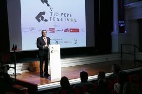 "Presentación del V Tío Pepe Festival en la Fundación Cajasol (10) • <a style=""font-size:0.8em;"" href=""http://www.flickr.com/photos/129072575@N05/40730395034/"" target=""_blank"">View on Flickr</a>"