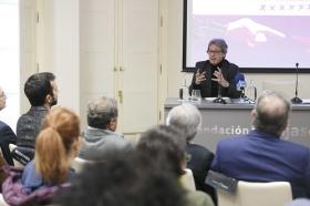 """Seminario sobre la cuarta revolución tecnológica en la Fundación Cajasol (5) • <a style=""""font-size:0.8em;"""" href=""""http://www.flickr.com/photos/129072575@N05/41426746921/"""" target=""""_blank"""">View on Flickr</a>"""