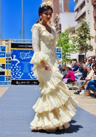 "'Cajasol de Volantes': Desfile moda flamenca 2018 en Huelva (5) • <a style=""font-size:0.8em;"" href=""http://www.flickr.com/photos/129072575@N05/41192106544/"" target=""_blank"">View on Flickr</a>"