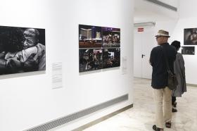 "Exposición 'World Press Photo 2018' en la Fundación Cajasol (Sevilla) (12) • <a style=""font-size:0.8em;"" href=""http://www.flickr.com/photos/129072575@N05/41696753652/"" target=""_blank"">View on Flickr</a>"