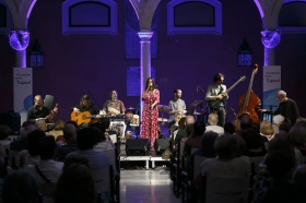 "Espectáculo 'FlamenCohen' a cargo de Paula Domínguez y & La Banda del Corazón • <a style=""font-size:0.8em;"" href=""http://www.flickr.com/photos/129072575@N05/42251062705/"" target=""_blank"">View on Flickr</a>"