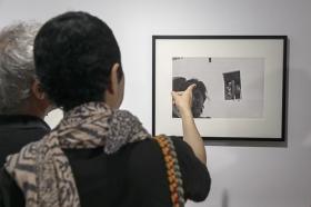 """Exposición 'ESPAÑA AÑOS 50', de Carlos Saura, en la Fundación Cajasol (15) • <a style=""""font-size:0.8em;"""" href=""""http://www.flickr.com/photos/129072575@N05/42600052664/"""" target=""""_blank"""">View on Flickr</a>"""