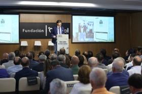 """Presentación oficial del libro 'Cien años de fútbol andaluz: Centenario de la Real Federación Andaluza de Fútbol' (2) • <a style=""""font-size:0.8em;"""" href=""""http://www.flickr.com/photos/129072575@N05/41718107790/"""" target=""""_blank"""">View on Flickr</a>"""
