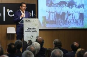 """Presentación oficial del libro 'Cien años de fútbol andaluz: Centenario de la Real Federación Andaluza de Fútbol' (14) • <a style=""""font-size:0.8em;"""" href=""""http://www.flickr.com/photos/129072575@N05/43479188272/"""" target=""""_blank"""">View on Flickr</a>"""