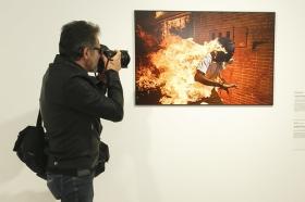 "Exposición 'World Press Photo 2018' en la Fundación Cajasol (Sevilla) • <a style=""font-size:0.8em;"" href=""http://www.flickr.com/photos/129072575@N05/39929781570/"" target=""_blank"">View on Flickr</a>"