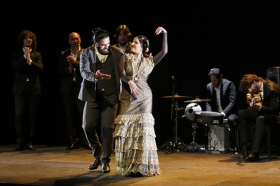 """Jueves Flamencos de la Fundación Cajasol en Sevilla: Antonio Molina 'El Choro' (42) • <a style=""""font-size:0.8em;"""" href=""""http://www.flickr.com/photos/129072575@N05/41429317201/"""" target=""""_blank"""">View on Flickr</a>"""
