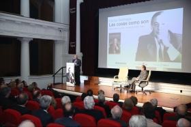 """Presentación del libro 'Las cosas como son. Diarios de un político socialista (1980-1994)', de Carlos Solchaga, en la Fundación Cajasol (5) • <a style=""""font-size:0.8em;"""" href=""""http://www.flickr.com/photos/129072575@N05/40523113064/"""" target=""""_blank"""">View on Flickr</a>"""