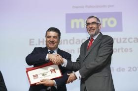 """Entrega de los V Premios Gastronómicos 'Fogones de Sevilla' en la Fundación Cajasol (9) • <a style=""""font-size:0.8em;"""" href=""""http://www.flickr.com/photos/129072575@N05/40693475234/"""" target=""""_blank"""">View on Flickr</a>"""