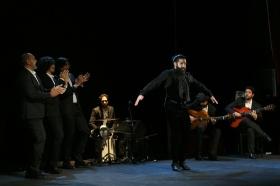 """Jueves Flamencos de la Fundación Cajasol en Sevilla: Antonio Molina 'El Choro' (25) • <a style=""""font-size:0.8em;"""" href=""""http://www.flickr.com/photos/129072575@N05/41387034512/"""" target=""""_blank"""">View on Flickr</a>"""