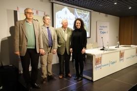 """Presentación del curso 'La Córdoba Islámica' en la Fundación Cajasol (5) • <a style=""""font-size:0.8em;"""" href=""""http://www.flickr.com/photos/129072575@N05/40693688354/"""" target=""""_blank"""">View on Flickr</a>"""