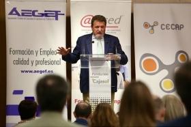 """Presentación del informe 'La Formación para el Empleo en España' (4) • <a style=""""font-size:0.8em;"""" href=""""http://www.flickr.com/photos/129072575@N05/40957578364/"""" target=""""_blank"""">View on Flickr</a>"""