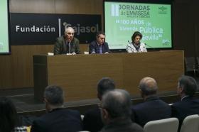 """Jornadas '100 años de vivienda pública en Sevilla' desde la Fundación Cajasol (5) • <a style=""""font-size:0.8em;"""" href=""""http://www.flickr.com/photos/129072575@N05/40669655874/"""" target=""""_blank"""">View on Flickr</a>"""